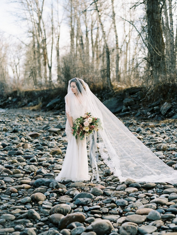 This Winter Bride Makes Braving the Cold Seem Totally Worth It
