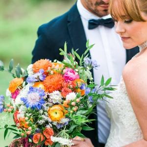Bohemian Bridal Portraits with a Lush Bouquet