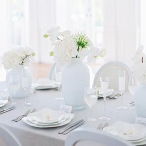 white wedding colour palette tablescape