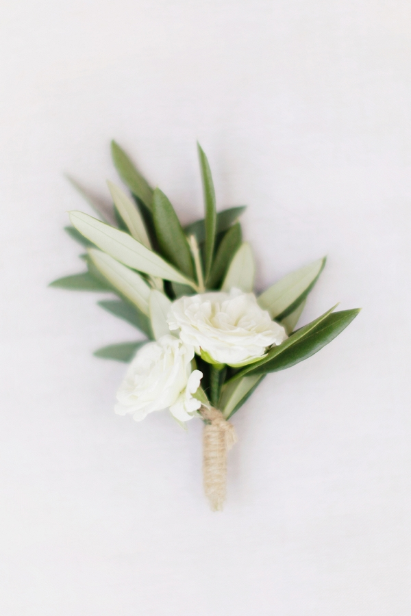 floral boutonniere  with roses
