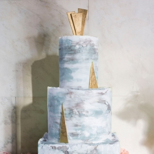 Art Deco inspired cake on Chic Vintage Brides