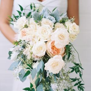 Romantic Teardrop Bridal Bouquet of Roses