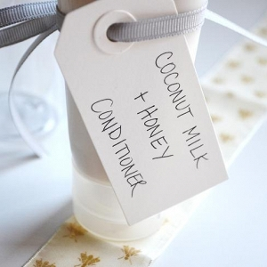 Homemade Coconut Milk Conditioner