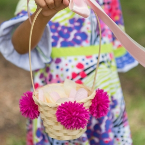 You Have To See These DIY Pom Pom Flower Girl Baskets
