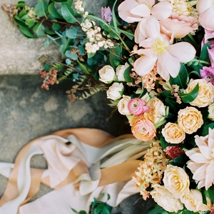 Blush and Butter Yellow Bouquet