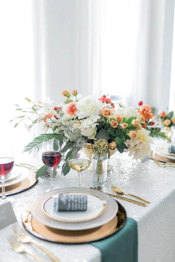 Modern & Romantic Table Scape