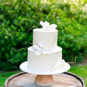 white wedding cake on Every Last Detail