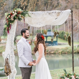 romantic holiday wedding inspiration from Whimsie Photo and Video on Glamour & Grace