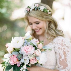 handmade pastel wedding on Glamour & Grace