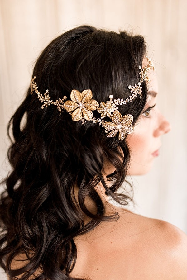 Hairstyling Tutorial for a Modern Gold Bridal Halo