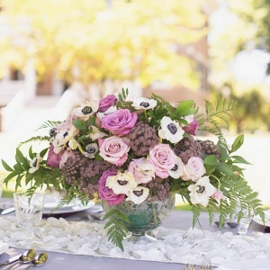 Elegant-Southern-Wedding-Inspiration-flowers