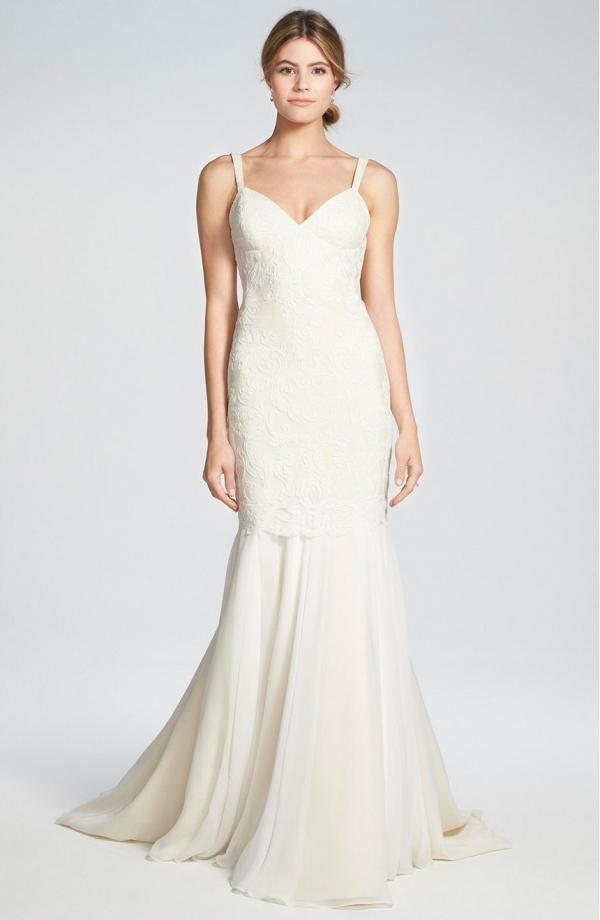Lace and Chiffon Trumpet Wedding Dress
