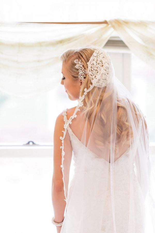 vintage glam wedding bride with skull cap vintage veil
