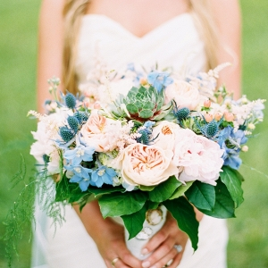 Blush and blue bouquet on Mountainside Bride