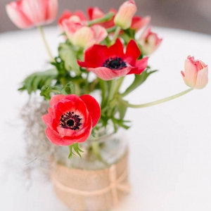 Red poppy centerpiece