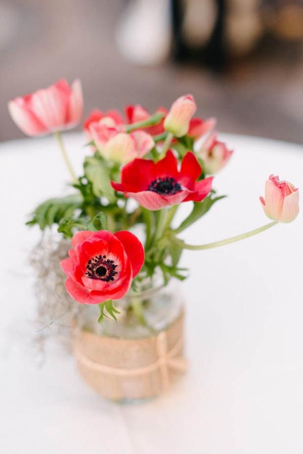 Red poppy centerpiece