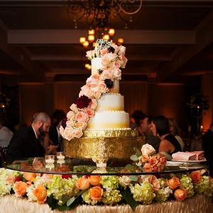 Extravagant wedding cake table