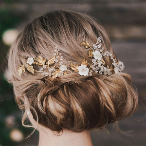Gold Beaded Hairpiece