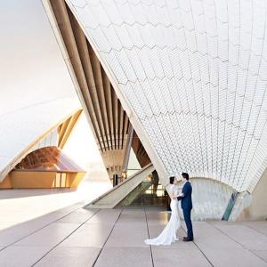Sydney Opera House Engagement Photos