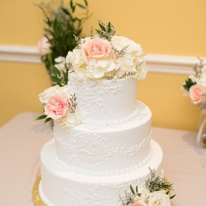 garden wedding by Corner House Photography