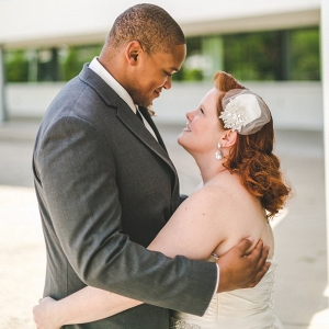 Groom and plus size bride in fun and colorful wedding in nashville
