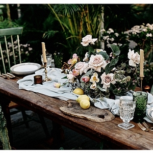 Natural and Organic tablescape