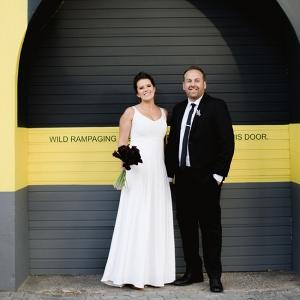City Wedding Bride & Groom