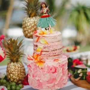 Tropical buttercream cake