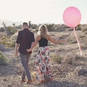 Dreamy Las Vegas Desert Engagement Lissables Photography