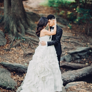 Romantic wedding portraits in Central Park