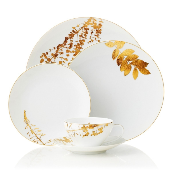 Porcelain dinnerware with golden leaves