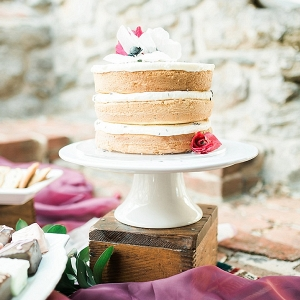 naked cake on The Budget Savvy Bride