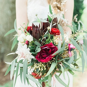 Elegant Spring Wedding on The Budget Savvy Bride