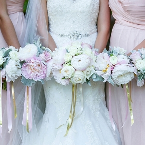 Blush gold and white wedding bouquets