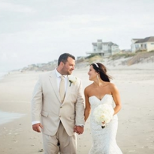 beach bride and groom in outer banks