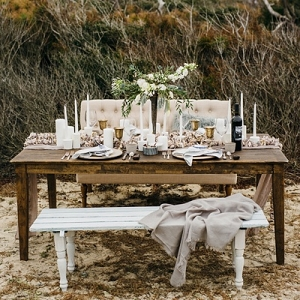 Coastal modern wedding table
