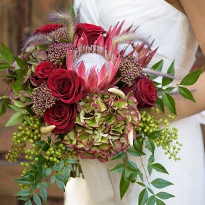 Fall inspired wedding bouquet