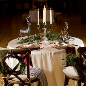 Rustic Christmas wedding sweetheart table