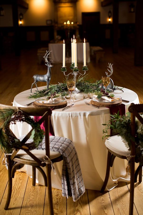 Rustic Christmas wedding sweetheart table