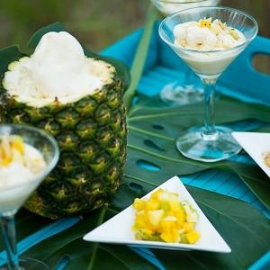 Pineapple ice cream bar