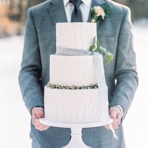textured white winter wedding cake