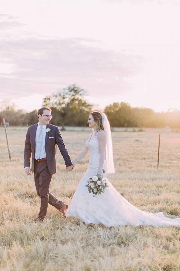 Texas farm wedding couple portrait
