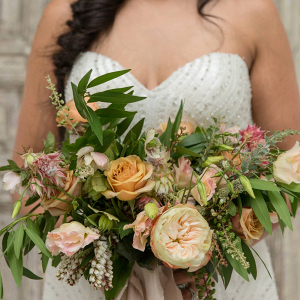 Wild peach bridal bouquet