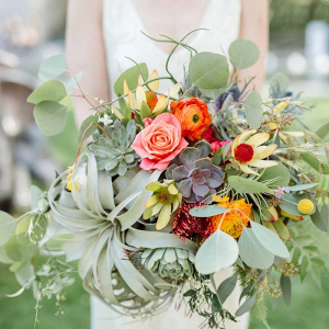 Boho bridal bouquet with succulents and air plants