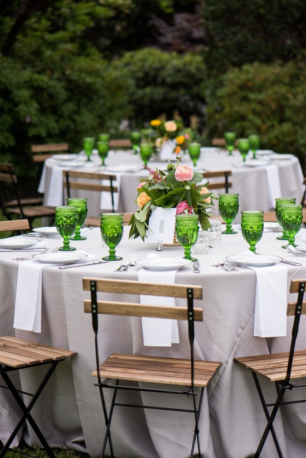 Garden reception in peach, pink, and green