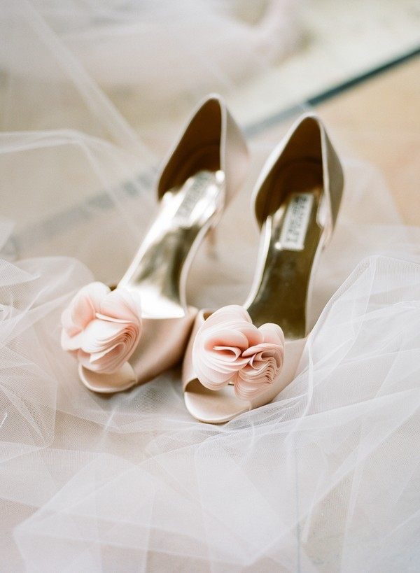blush badgley mischka shoes