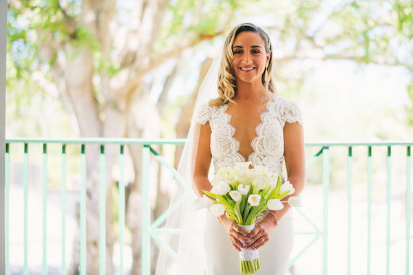 Bride with tulip bouquet