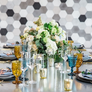 modern blue and gray centerpiece on Aisle Perfect