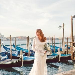 Venice bridal shoot on Aisle Perfect