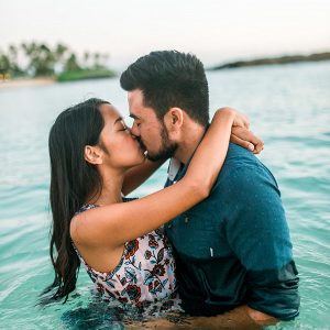 Hawaii engagement session
